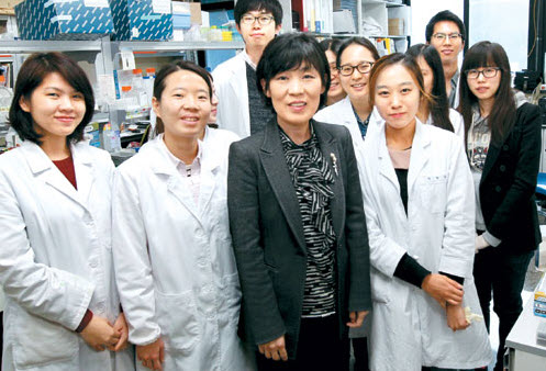 Professor LEE Ho Young Chooses SNU over MD Anderson Cancer Center