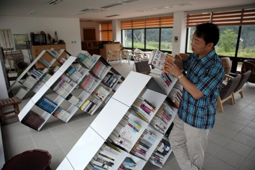 Guns, Germs and Steel Most Borrowed Book at SNU Libraries