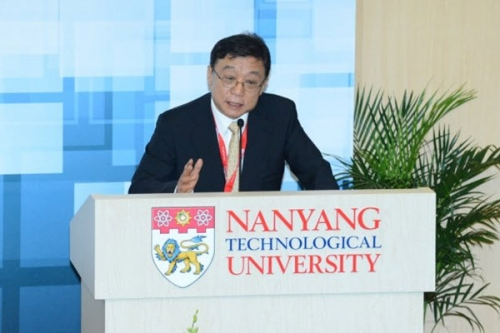 President OH Yeon-Cheon Attends World Academic Summit